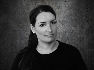 Linda - Spökjägare / Paranormal Utredare