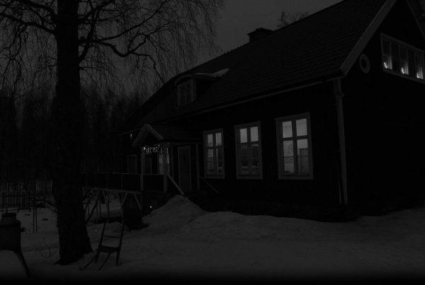 Spökjakt - Lärarbostad i Skärplinge
