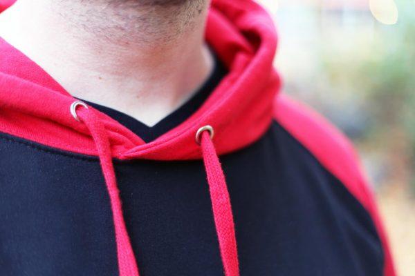 LaxTon Hood Röd Svart Krage